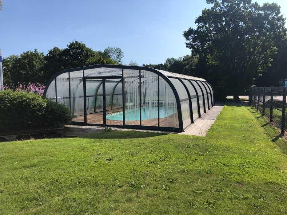 Réalisation d''une piscine sous abri - Lanvollon 0